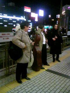 新幹線まだか.JPG